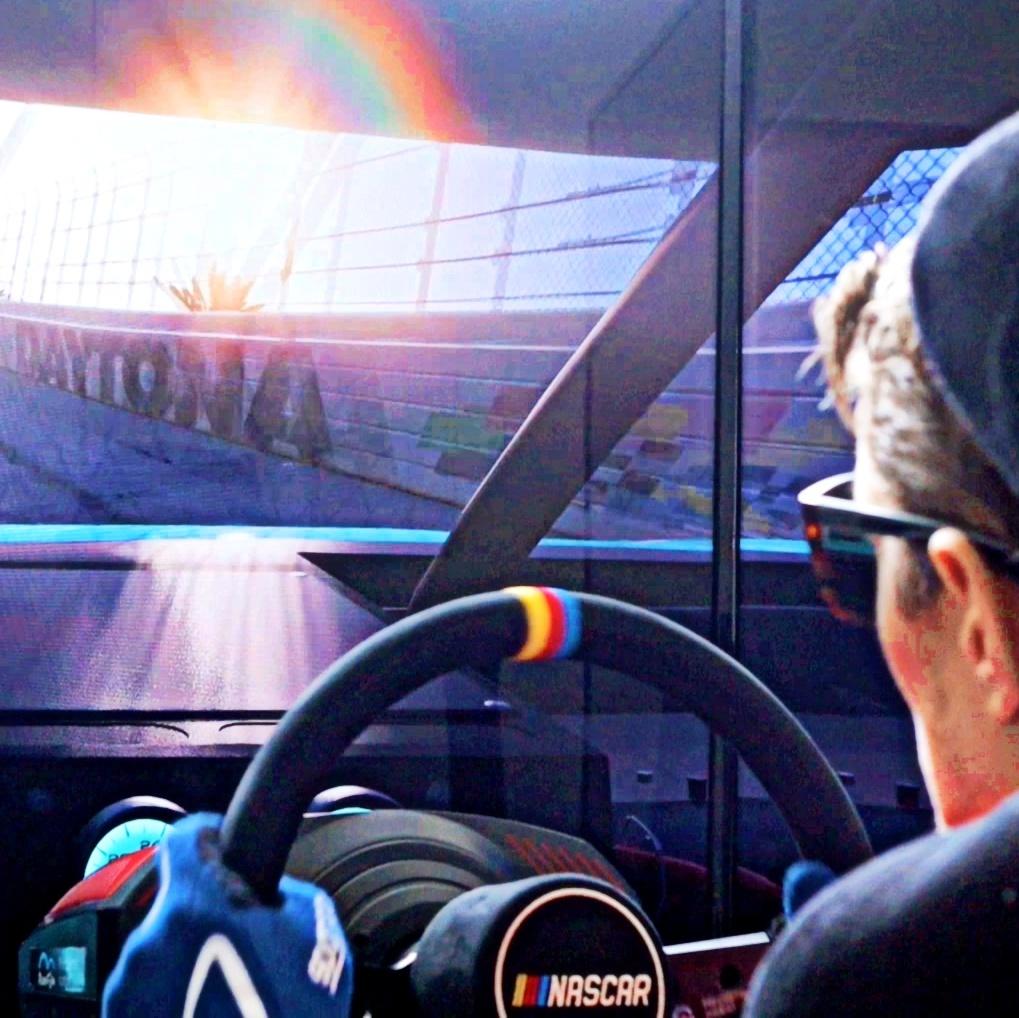 Půjčovna NASCAR simulátoru